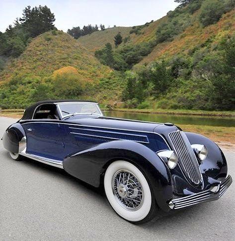 1934 duesenberg.. looking great.. convertible.....